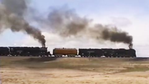 Incredibly Rare UP Doubleheader 3985 & 844 Take Sherman Hill! | Train Fanatics Videos