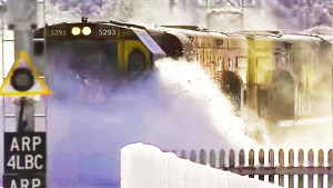 Spectacular Footage KiwiRail Train Plowing Through Deep Snow!