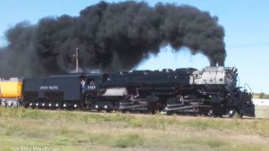 Union Pacific 3985 Highballing At Top Speed!