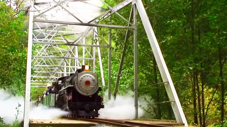 Incredible 12 Ton Pacific 4-6-2 Train Live Steamer! | Train Fanatics Videos