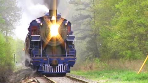 "Beautiful Steam From This Classic ""Blue"" Locomotive! | Train Fanatics Videos"