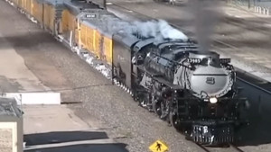 Union Pacific's Challenger #3985 From Cheyenne To North Platte!