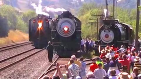 Union Pacific's #844 Steam Locomotive Stirs Downtown Oakland! | Train Fanatics Videos