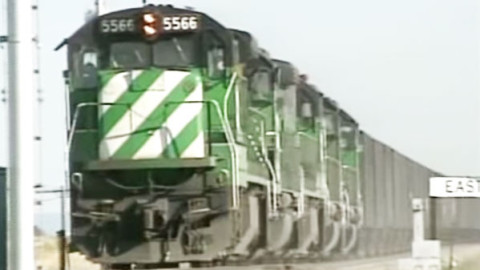 Wyoming Coal Trains Keep Moving Day And Night! | Train Fanatics Videos