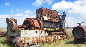 Antique Diesel Engine Starts For First Time In 30 Years