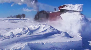 Strasburg Railroad's #475 Plows The Line