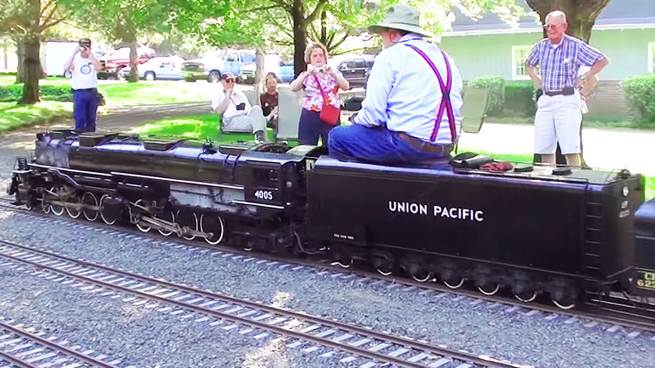 Large Scale 'Big Boy' Replica Stuns On Home Made Railroad