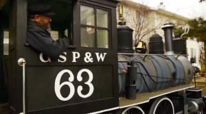 Man Builds Amazing Full Scale Locomotive Replica!