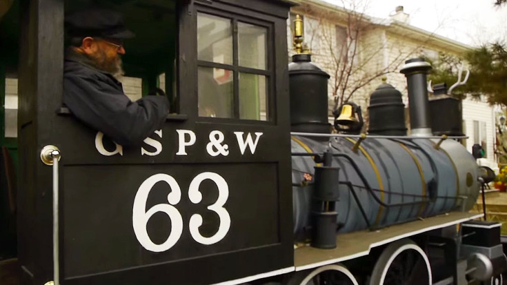 Man Builds Amazing Full Scale Locomotive Replica! | Train Fanatics Videos