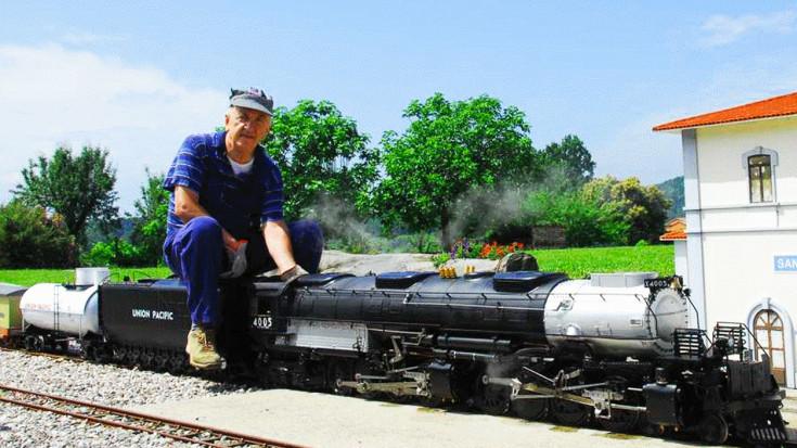 Stunning Big Boy Replica Wows In Italy! | Train Fanatics Videos