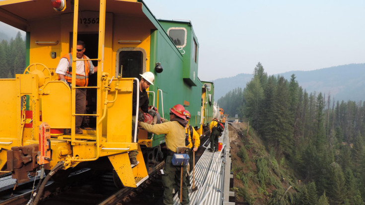 BNSF Crews And Firefighters Brave The Glacier National Park Fires! | Train Fanatics Videos