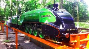 Model Railroad Amazes With Replica LNER P2!