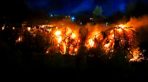 Historic 85 Year Old P&W RR Trestle Collapses In Blaze!