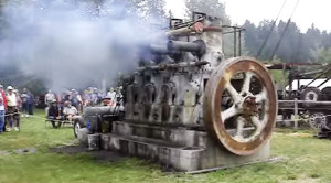 Antique Fairbanks Morse Diesel Engine Running Strong After 75 Years