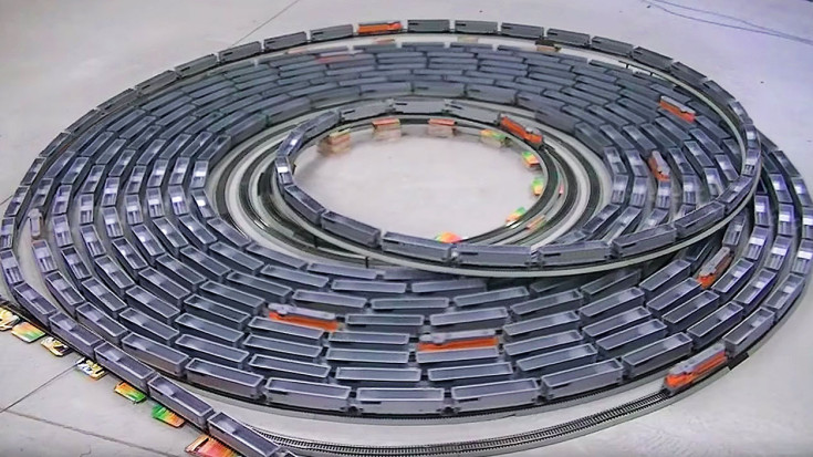 Mind blowing h o scale model train spiral train fanatics videos