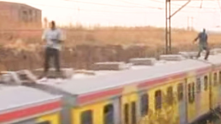 South Africa's Youth Take Up Train Surfing As Pastime! | Train Fanatics Videos