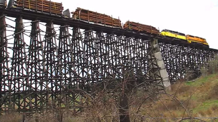 Holcomb Creek Wooden Train Trestle Still Standing! | Train Fanatics Videos