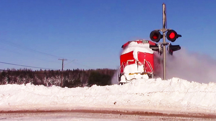 CN #2304  Plows Ahead | Train Fanatics Videos