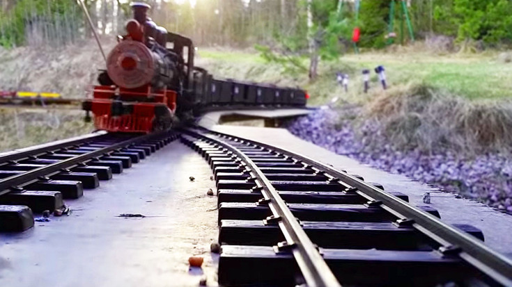 Amazing G-Scale Trains At Norway's Aldergrove Garden Railway! | Train Fanatics Videos