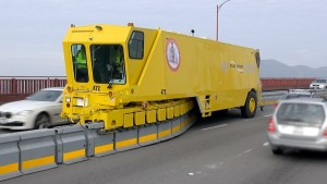 Road Zipper Keeps Commuters Safe On Golden Gate Bridge!