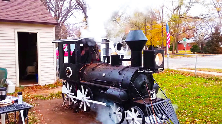 This Replica Steamer Is Amazing…  It Also Cooks Meat | Train Fanatics Videos
