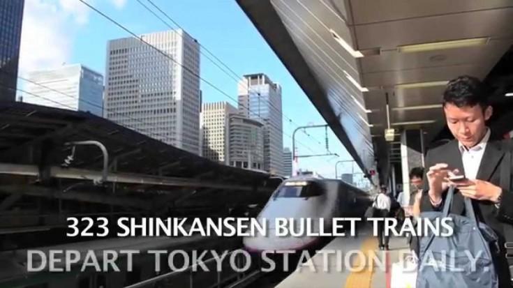 Cleaning Crew Is Faster Than A Speeding Bullet Train!   Train Fanatics Videos