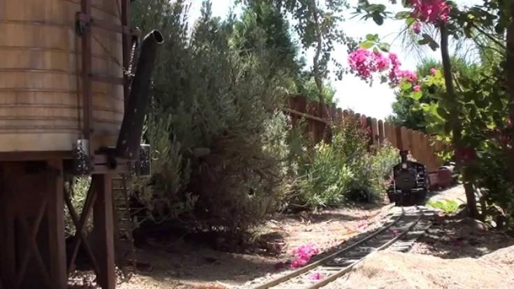 "Bachmann G-Scale K-27 #463 ""Mudhen"" Looks Like The Real Deal!   Train Fanatics Videos"