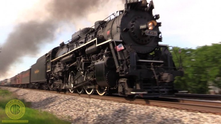 Talk about Hi Ballin', Nickel Plate #765 Blasts Pasts Railfans! | Train Fanatics Videos