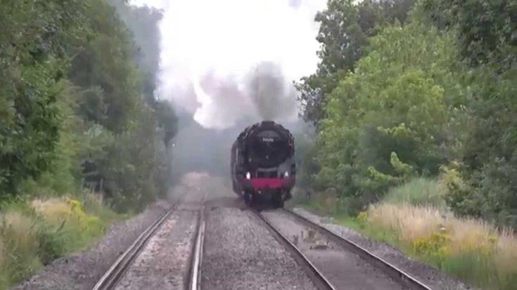 BR Britannia Class 7MT 70000 'Britannia' Racing Towards You! | Train Fanatics Videos