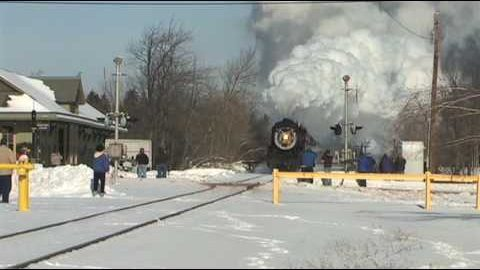 Minus 5 Degrees Makes For A Great Steam Show! | Train Fanatics Videos