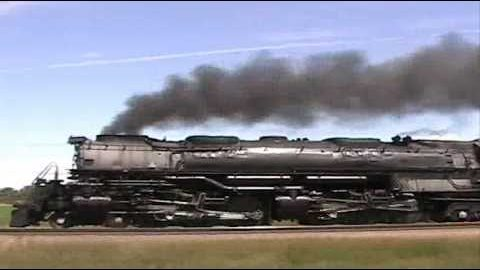Union Pacific Challenger #3985 Is 487 Tons Of Muscle! | Train Fanatics Videos