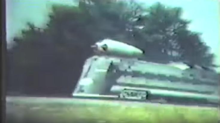 Pacing the Black Beetle M-497 | Train Fanatics Videos