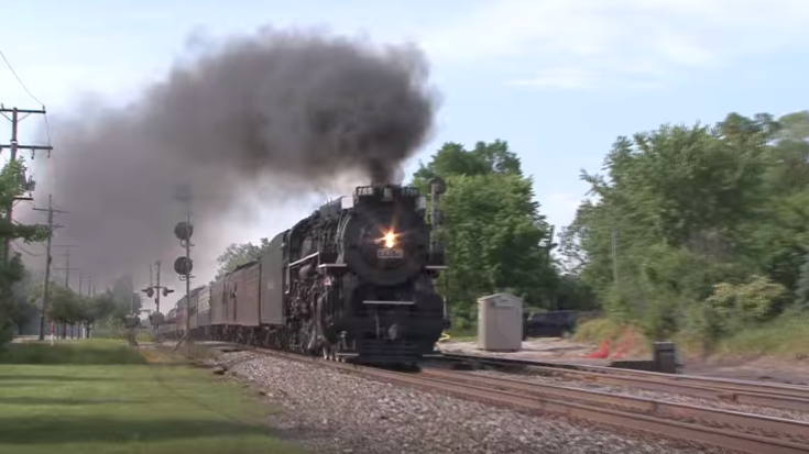 NKP 765 Highballs At 70 MPH! | Train Fanatics Videos