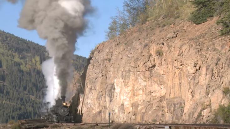 The Ole' Mudhen #463 Work'n Hard! | Train Fanatics Videos