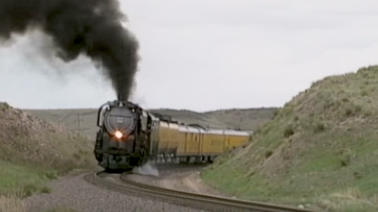 Union Pacific # 3985 OR # 3967 ? | Train Fanatics Videos