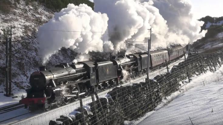 LMS Staniers Class Black 5's Double Up | Train Fanatics Videos