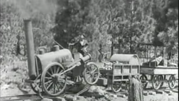 Railroad Meets Roller Coaster ! | Train Fanatics Videos