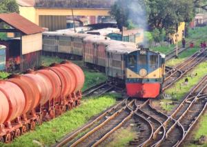 Python On The Tracks!