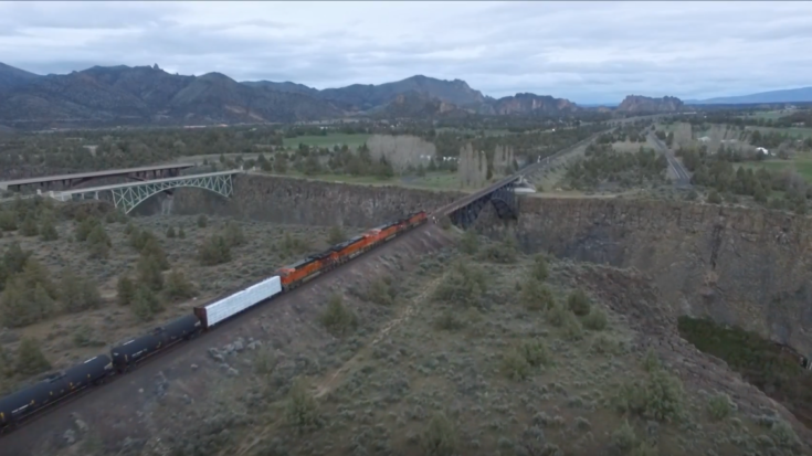Oregon's Crooked River Bridge From Above! | Train Fanatics Videos
