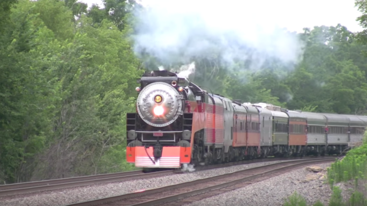 SP 4449 With No Steam Whistle? | Train Fanatics Videos