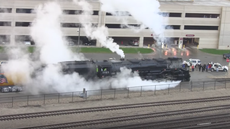 UP #3985 Getn' Ready To Highball! | Train Fanatics Videos