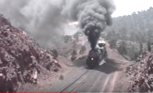 Union Pacific #3985 Challenging Steep Grade!