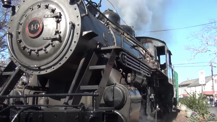 New Hope & Ivyland Railroad #40 Steams Ahead! | Train Fanatics Videos