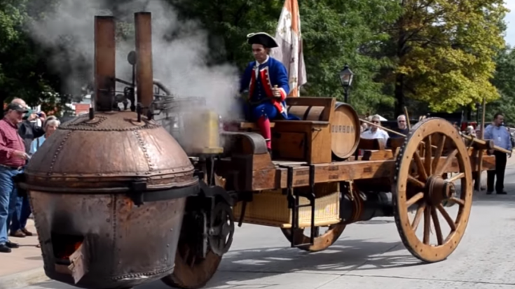 Vive la France! First Military Vehicle! | Train Fanatics Videos