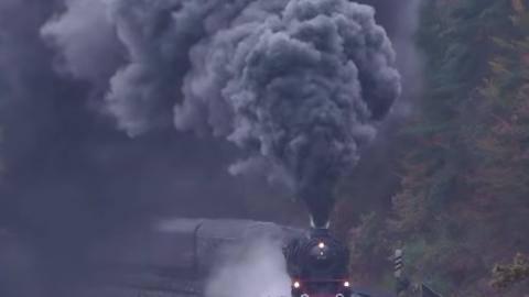 Not Enough Smoke! | Train Fanatics Videos
