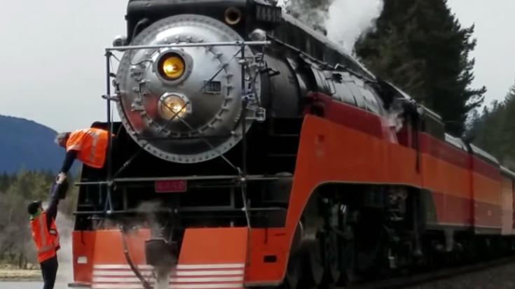 SP 4449 Is An IMAX Movie Star! | Train Fanatics Videos