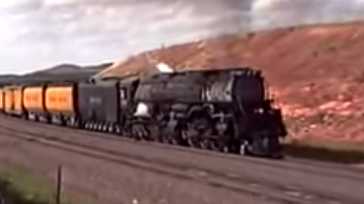 UP #3985 Takes On Sherman Hill! | Train Fanatics Videos