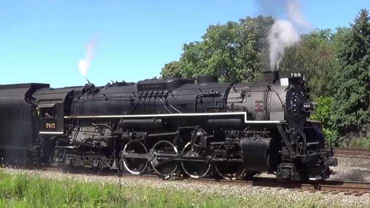 Slippin' And A Sliden' NKP 765 | Train Fanatics Videos