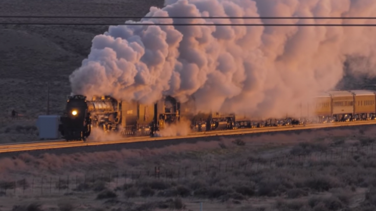 Sunrise With Big Boy 4014 & UP 844 ! | Train Fanatics Videos