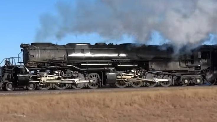 Pacing Big Boy #4014 | Train Fanatics Videos